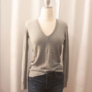 J.Crew Heather Grey V-Neck Sweater. XS.